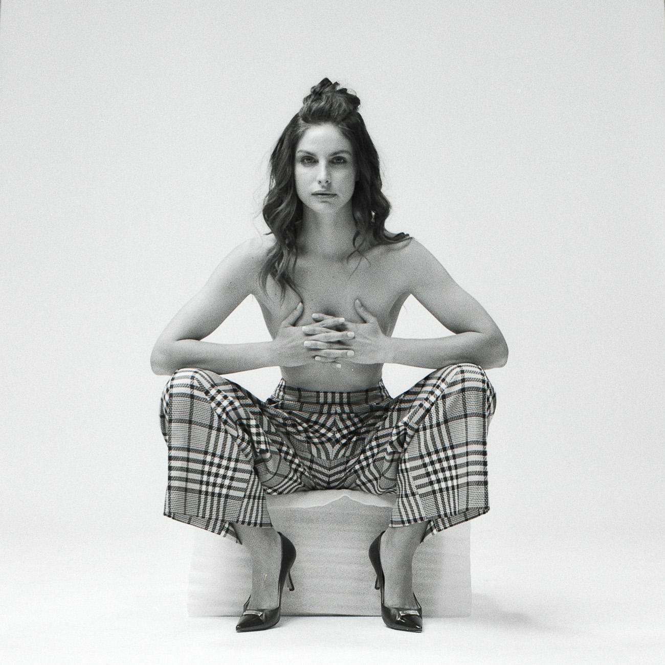 Ines Estelle Kahn - Studio10-2